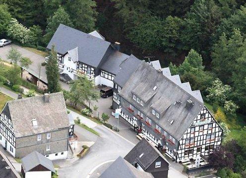 Hotel & Gasthof Hubertushöhe - Schmallenberg mit Hund