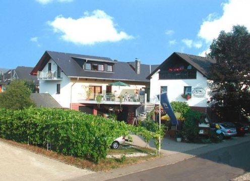 Urlaub auf dem Weingut Paulushof in Pünderich - Hund erlaubt