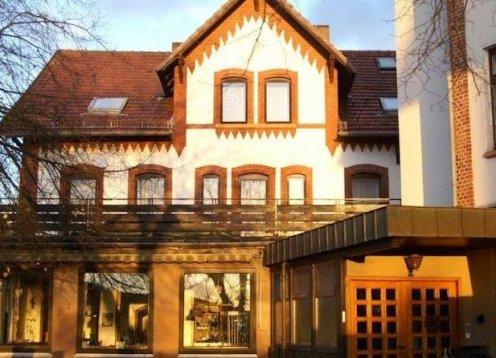Landhotel & Gasthaus Altenburg in Niedenstein - Hund erlaubt