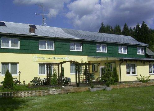 Wander- & Wohlfühlhotel BAYERNSTERN Spiegelau  Bayerischer Wald