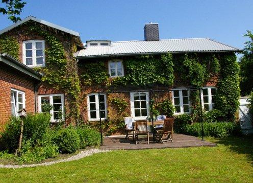 Schönes Ferienhaus vor Sylt mit nordischen Flair--Ferienhaus Rike--