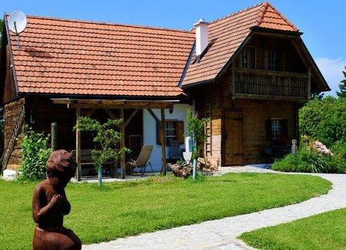 Steirahaus im Henndorfer Hügelland im Burgenland